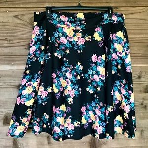 Ashley Nell Tipton Black Floral Skirt Sz 0X NWT
